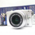 Kamera Mirrorless Olympus E-PM1 ( Fullset )
