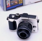 Jual Kamera Mirrorless Olympus Pen E-PL2