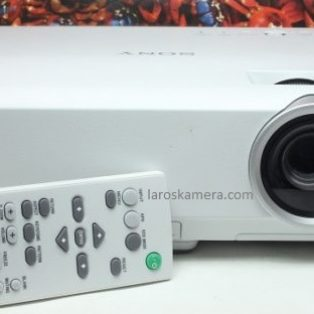 Jual Proyektor Sony VPL – DX122 Second (Like New)