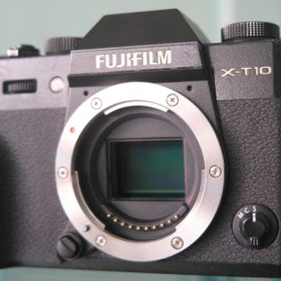 Kendala LCD Berkedip Pada Kamera Fujifilm Saat di Pasang Lensa